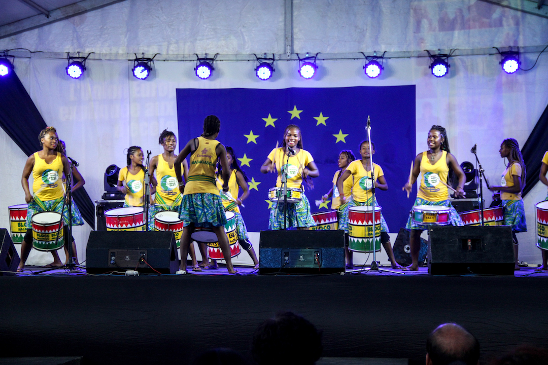 Bloco Malgasy, tournee internationale
